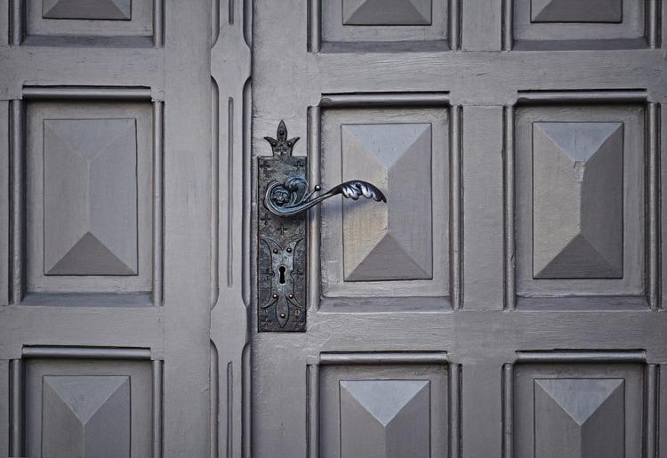 door-690704_960_720