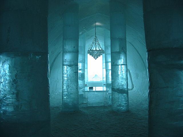 640px-Sweden_Ice_Hotel_1.jpg