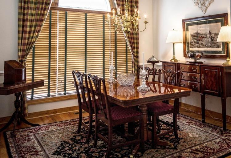 dining-room-397197_960_720.jpg