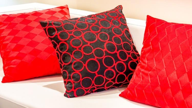 pillow-2092155_960_720.jpg