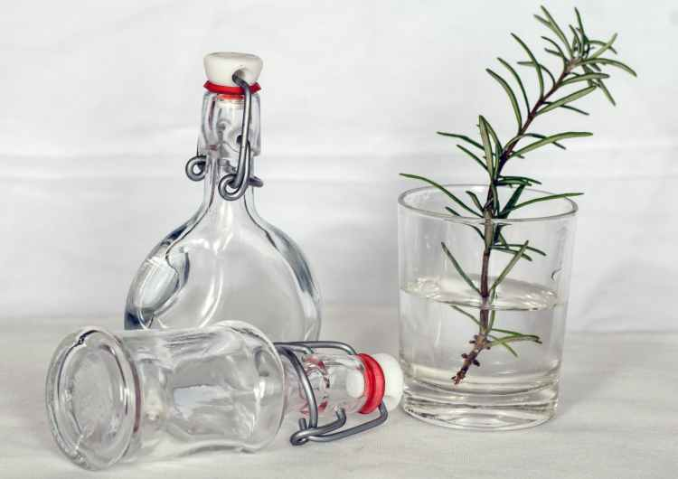 still-life-bottles-nostalgia-decoration-38558.jpeg