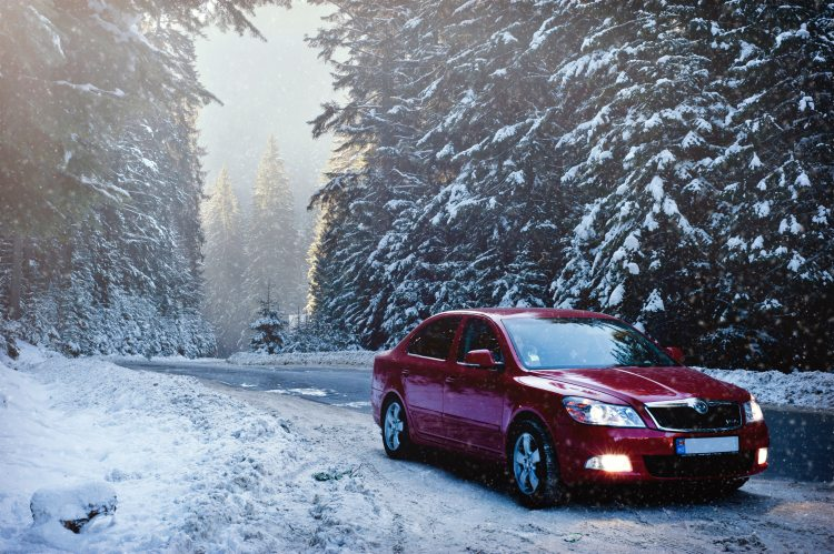 auto-car-cold-376361.jpg