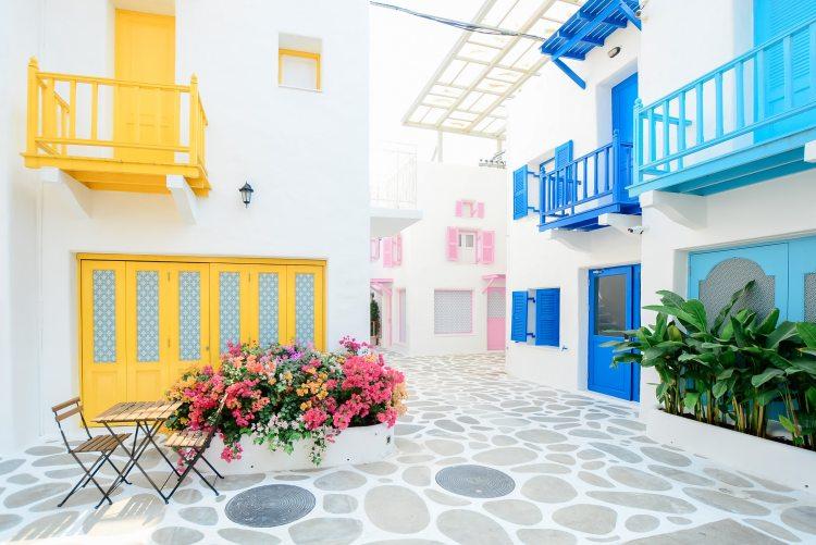 apartment-architecture-balcony-347141.jpg